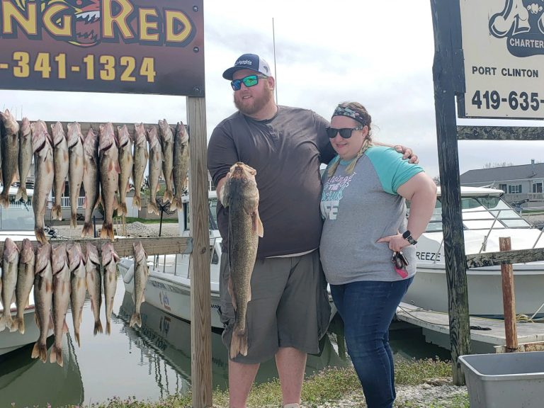 May 2020 Walleye Catch Couple
